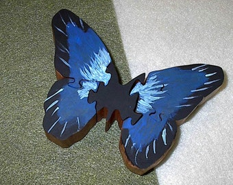 Puzzle 3 in. (8 cm) - Hand Painted Butterfly made in Wood