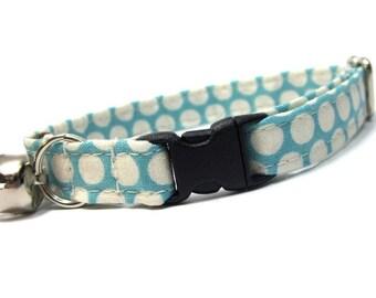 Blue Dots Cat Collar