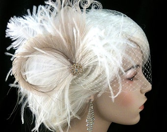 Great Gatsby Wedding Hair Clip, Bridal Feather Fascinator, Wedding Fascinator, Feather Fascinator, Gold-tone Rhinestone Center