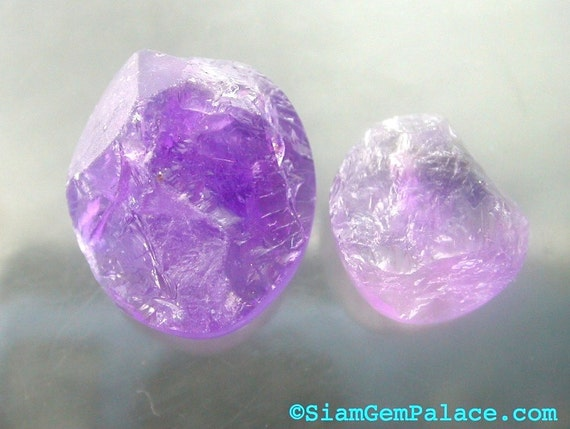 AMETHYST. RoUgH tOp CaBoChOns. Flat Back. FReE FoRM. 2 pc. 11.65 ct. 12x14 and 8.5x10 mm (AM503)