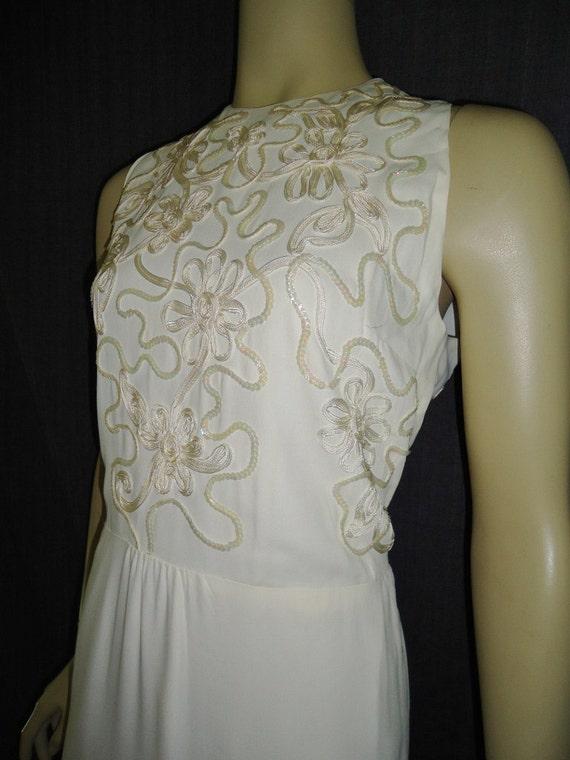 White Beaded Soutache Vintage 1950's Hourglass Wedding Dress M L