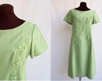 Vintage 60s Dress Shift in Pastel Green S / M
