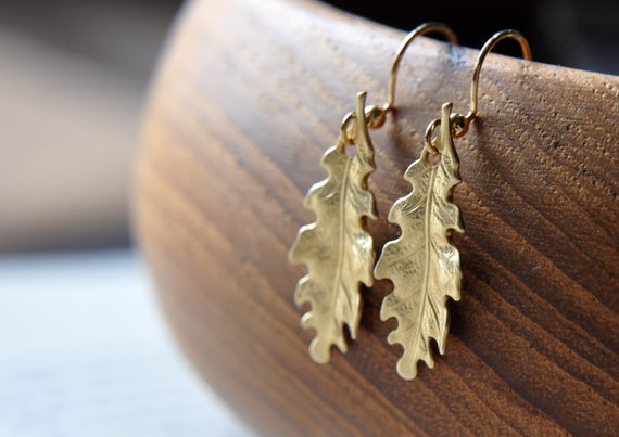 Oak Leaf Earrings - Gold Brass - Woodland Forest - Autumn - Fall - Thanksgiving - Miniature leaves - Black Friday