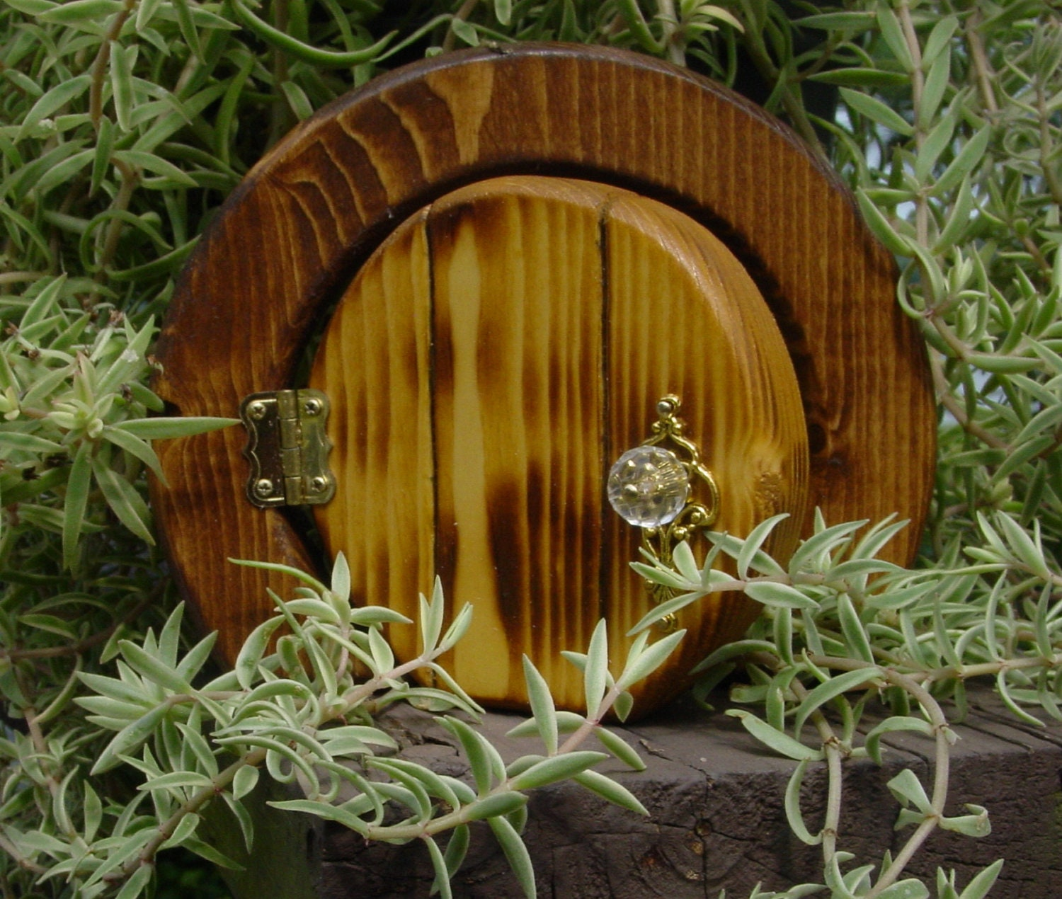 Opening round fairy door by faekeepers on etsy for Wooden fairy doors that open