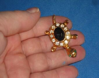 Rhinestone Turtle Pin / Brooch