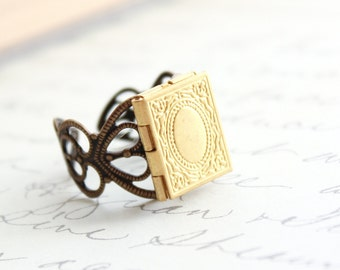 Locket Ring, Adjustable Ring, Novelty Ring, Unique Filigree Photo Locket Vintage Style Secret Hiding Place Memories and mementos Gold Brass