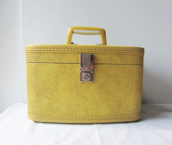 Vintage Travel-Smart Mustard Yellow Train Case- For your travels (or) great storage for crafts or cosmetics