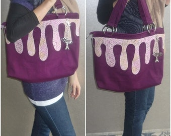 Purple  Shoulder Bag / Zipper Closure / Large/  with Pink  Leather Detail and a keychain paris-themed