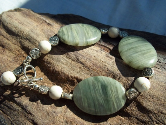 Moss Agate and White Turquise Bracelet - Healing, Balance, Friendship