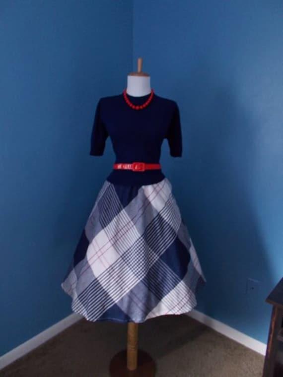 VINTAGE 1950s 1960s 1970s High Waisted Plaid Full Skirt