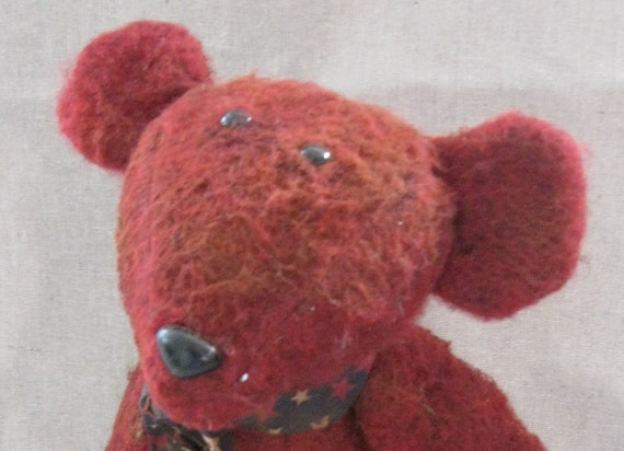 Primitive Cranberry Bear a 15 inch jointed Grubby Bear