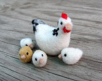 needle felted hen and chicks