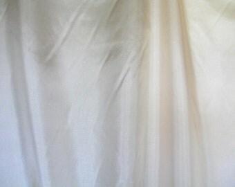 """Ecru """"China Silk""""   1 Yard  (SM231)"""