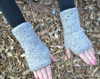 Fingerless Gloves - Knitted Gloves -  Wristwarmers - Knit Mitts - Fingerless Mittens - Armwarmer - Vegan Gloves