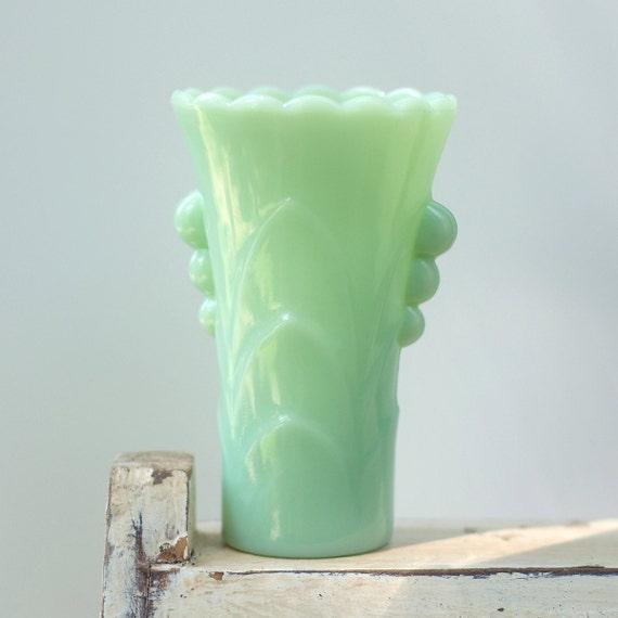 Jadeite Table Deco Vase Vintage