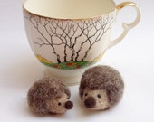 hedgehog, tiny needle felt hedgehogs