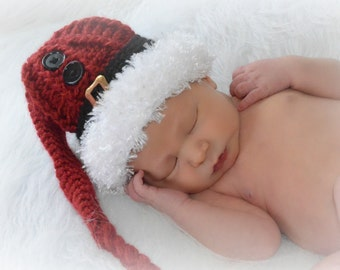 Santa Buckle Hat and Diaper Cover, Christmas Hat, Holiday, Santa Claus Cap, Newborn Photo Prop, Holiday Photo Props, Santa Buckle Hat, Knit