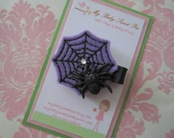 Girl hair clips - Halloween hair clips - girl barrettes - spider hair clips