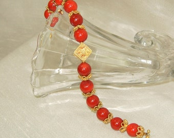 Red coral chunky bracelet,Mothers day gift,Graduation gift necklace.Red coral statement bracelet,Red coral and gold  bracelet,