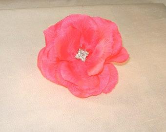 Hot pink flower fascinator,Mothers Day brooch,Derby Hat,Spring fascinator,Summer fascinatorBridal flower fascinator, Pink flower fascinator