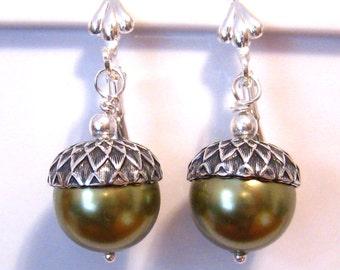 Green Pearl Earrings: Light Green Pearl Acorn Earrings - Bridesmaids Gifts Light Green Pearl Earrings