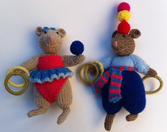 Meet the mouse circus: The Juggler Twins.