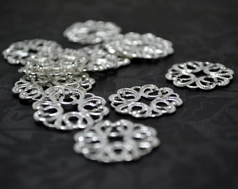 Lot of 16PCS Sterling Silver Plated Brass  21mm High Quality Clover Lace Flower Filigree Base Connectors Wq N49