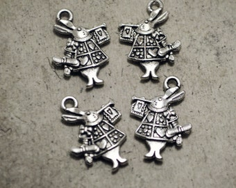 12pcs Antiqued Silver 1916 edition of Alice's Adventures in Wonderland Hare Rabbit Playing Trumpet, Easter Charms Pendants Drops Q27-Tb