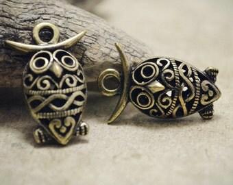 4pcs of Antique Bronze Unique 3D Filigree Owl Charms Pendants Drops Connector Q34-A18239