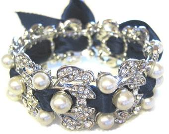 NAVY BLUE  Bridal Bracelet  Pearl - Swarovski pearls and rhinestone /  Bridal Bracelet ,Weddings  Rinestone, Crystal,pearl