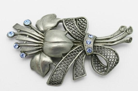 Vintage Flower Brooch Old Pot Metal Art Deco Art Nouveau Style