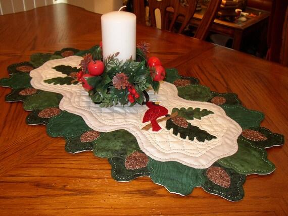 runner Runner Cardinal & christmas Pine Bough Christmas table cardinal Table