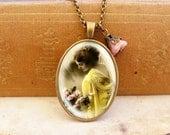 Fair Lady - Vintage Necklace