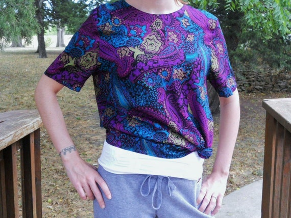 Paisley Blouse Women's Top Purple Turquoise Vintage Size 8 Women's Clothing