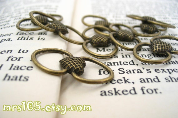 Antique Bronze Vintage Heart Connector Link (Double Sided) - 4 pcs (S66)