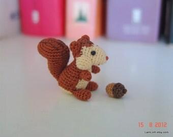 miniature animal 1.2 inch tall - mini crochet squirrel and tiny acorn - art dollhouse amigurumi