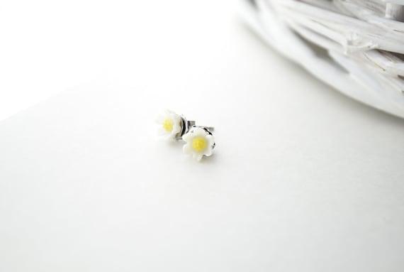 Tiny Flower Earrings - Childrens Jewelry, Daisy, White, Yellow, Stud