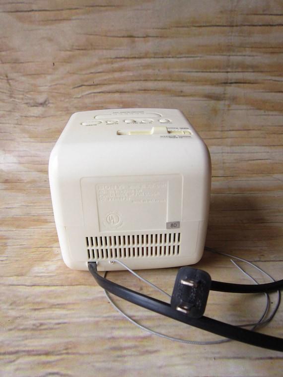 Sony Dream Machine Cube Alarm Clock Radio