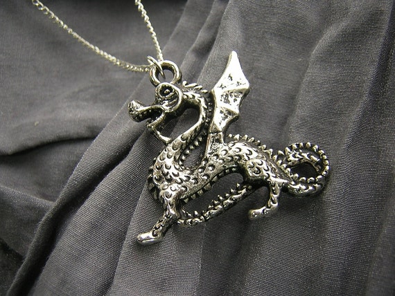Large Silver Dragon Simple Charm Necklace on Silver Chain D225N-00904