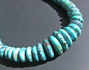 Graduated Turquoise Necklace