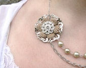 Crochet Flower Rhinestone Necklace with Beige Blush Cotton Thread, Asymmetrical Flower Jewelry Design with Glass Beads and Silver Chain: