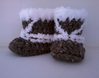 Crochet Pattern - North Coast Baby Booties, Eskimo Winter Woodsy Rustic Baby Booties for 0-12 Months