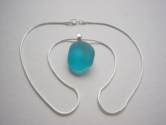 """Seaside Serenity / Beach Glass Necklace / Silverplated Mount / 18"""" Sterling Silver Chain"""