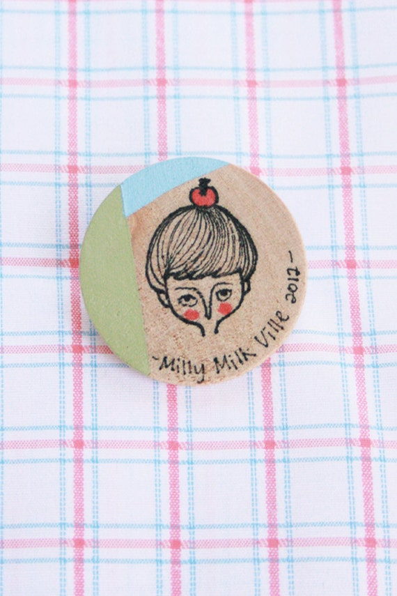 Wooden Brooch Round - Hand Painted Illustration