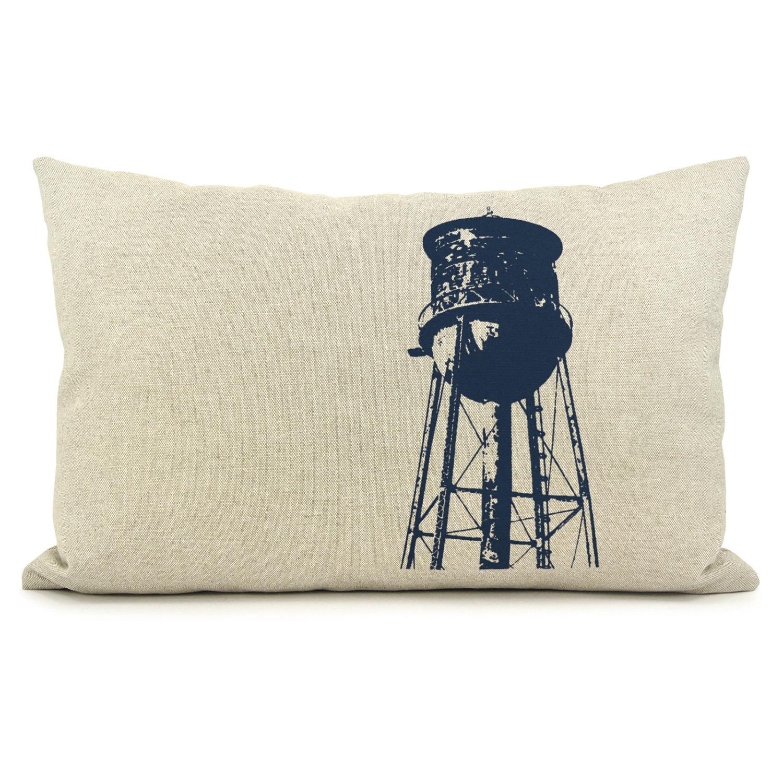 d cor industriel et moderne housse de coussin par classicbynature. Black Bedroom Furniture Sets. Home Design Ideas