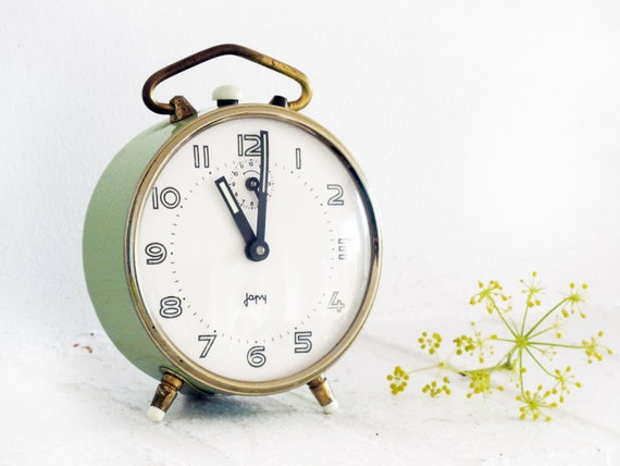 Beautiful working French vintage alarm clock  JAPY, made in France, light green, pale green