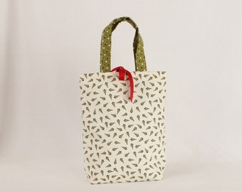 Fabric Gift Bag with Handles Small - Christmas Trees on Cream Countdown to Christmas by Sweetwater for Moda