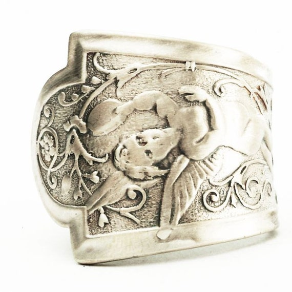 Spoon Ring Fairy Pattern Figural Art Nouveau Ring in Sterling Silver, Handcrafted in your Size (2572)