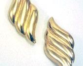 Memorial Day Earrings, Gold Earrings, Leaf Earrings, Wave Earrings, Vintage Earrings, Gold Filled Earrings, Clip Earrings, Memorial Day