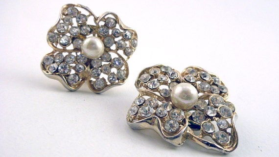 Vintage Rhinestone and Glass Pearl Gold Plate Earrings